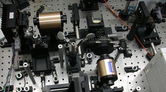 MATRIX-F车载近红外光谱仪的光纤技术